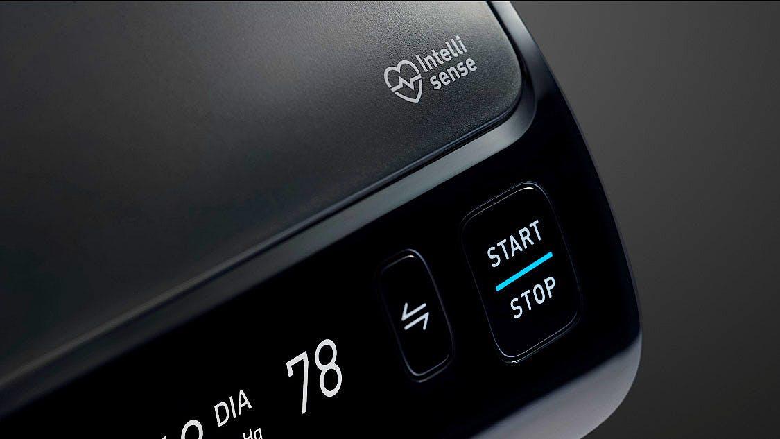 Tensiómetro OMRON EVOLV Todo en Uno: Inalámbrico, Bluetooth, Aplicación OMRON Connect para Móviles, Tecnología Intelli Wrap Cuff