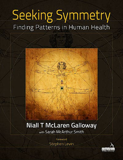 Portada del libro 9781912085118 Seeking Symmetry. Finding Patterns In Human Health