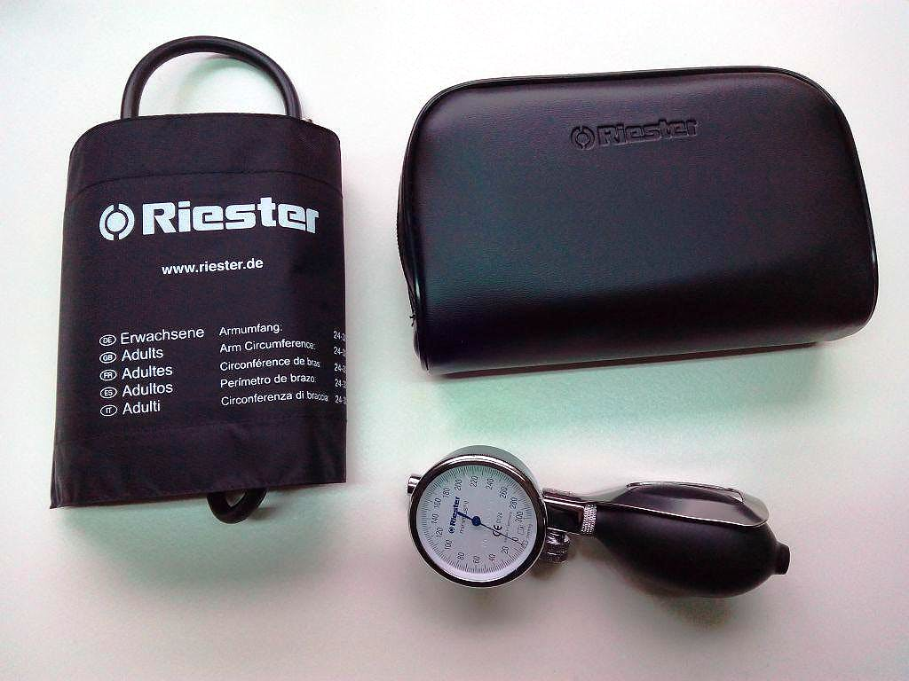 Tensiómetro RIESTER Minimus II sin Látex Color Negro