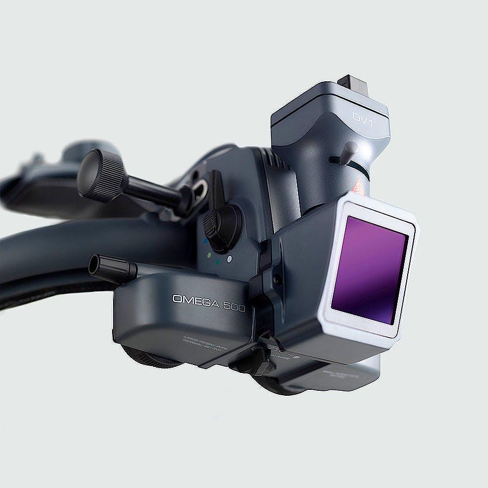 Oftalmoscopio Heine Indirecto Omega500 XHL Xenón Halógeno 6 V. con Casco Craneal, con HC 50L Reostato, Cámara DV1 Video Digital y Cable USB 2.0