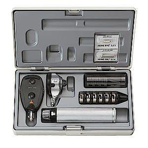 Set Otoscopio Heine Beta 100 y Oftalmoscopio Beta 200 LED, Mango Recargable Beta 4 USB, con Cable y Enchufe a Red, en Estuche Rígido