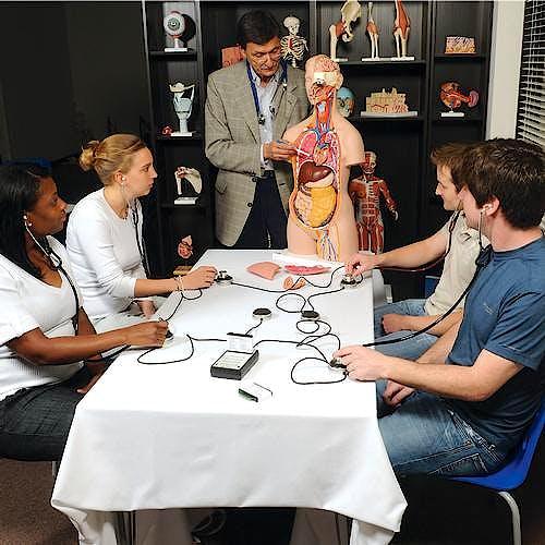 Simulador de Ruidos Cardiacos y Pulmonares