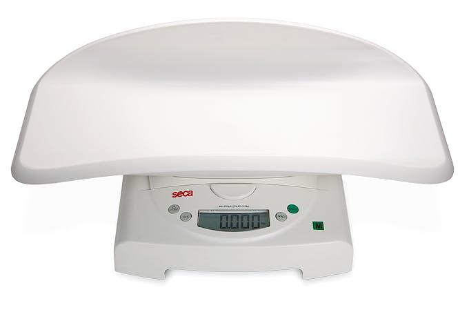 Pesabebés Electrónico Digital Clase IV SECA Mod. 834, con Artesa Desmontable, Fuerza 20 kg., División 10 g., Alimentación a Pilas