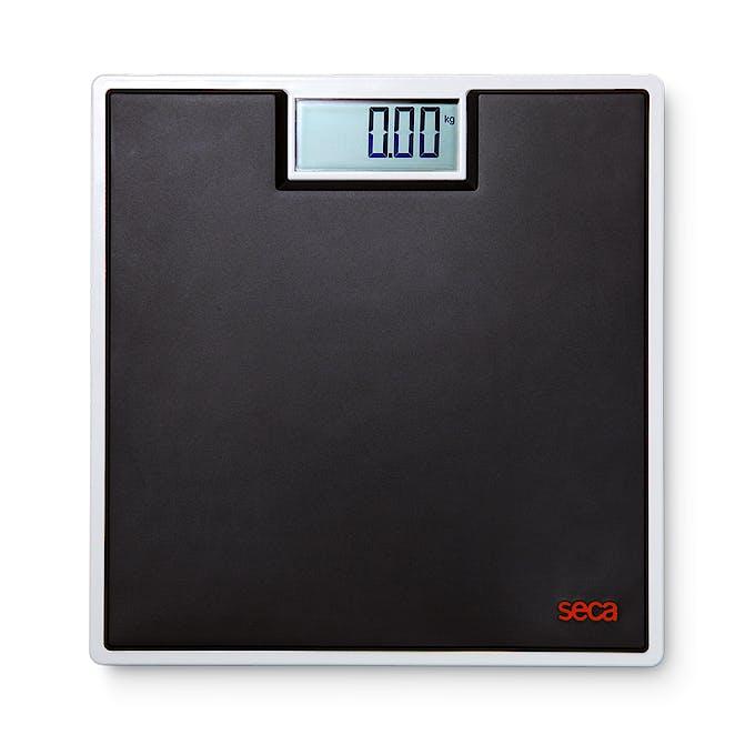 """Báscula Electrónica de Suelo SECA Mod. 803 """"Clara"""" Color Negro, Capacidad 150 kg., División 100 g., Alimentación a Pilas"""