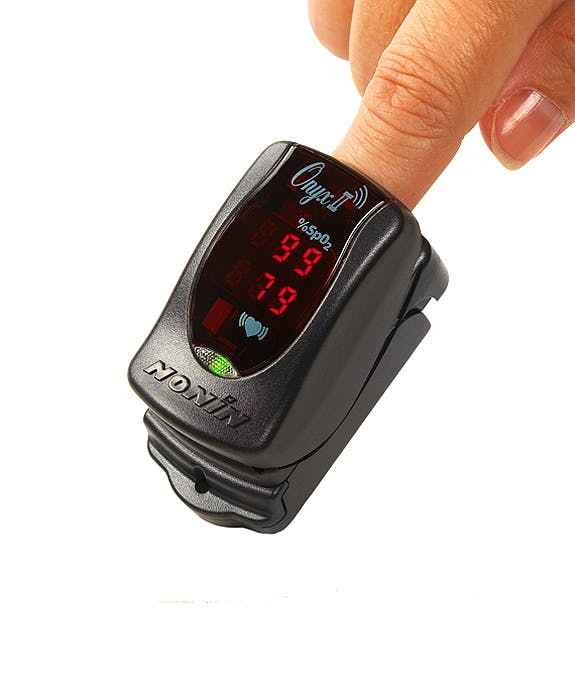 Pulsioxímetro de Dedo NONIN Modelo Onyx II Bluetooth 9560