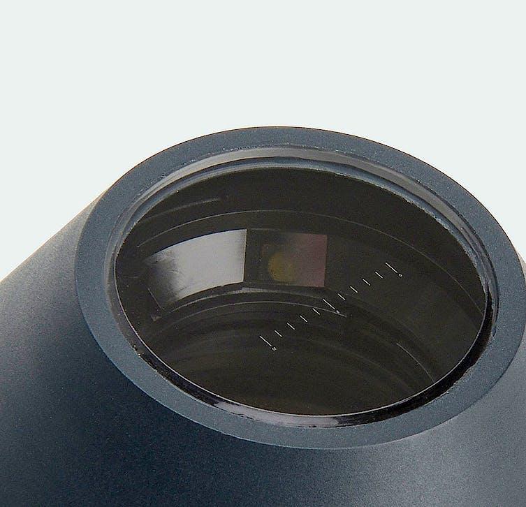 Equipo de Oftalmoscopia Heine Beta 200S y Retinoscopio Franja Beta 200 en Estuche Rígido con mango a Pilas 2,5 V.
