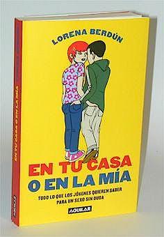 Portada del libro 9788403092037 En Tu Casa o en la Mia